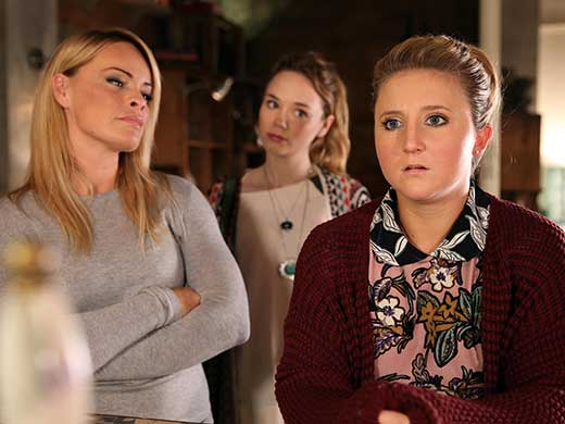 esther and kim in hollyoaks